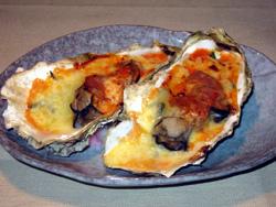 殻カキのチーズ焼き