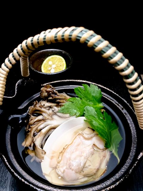 蛤と舞茸のどびん蒸し