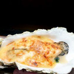 殻牡蠣のチーズ焼き