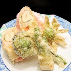 穴子筍巻きと山菜の 天ぷら