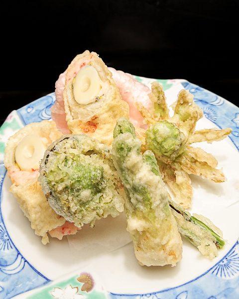 穴子筍巻きと山菜の天ぷら